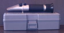 Ruční refraktometr