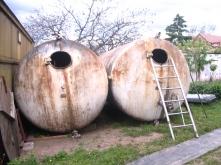 Tanky ocelové
